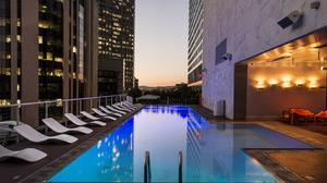 Los Angeles Hotel Swimming Pool HD Image Free Wallpaper